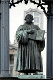 Monument till Martin Luther i Wittenberg royaltyfria foton
