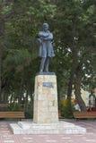 Monument till Mikhail Yurievich Lermontov på invallningen av semesterortstaden av Gelendzhik royaltyfria foton