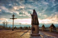 Monument till patriarken Alexei II Fotografering för Bildbyråer