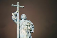 Monument till prinsen Vladimir det stort i Moskva Arkivbild