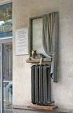 Monument till uppvärmningbatteriet En katt på batteriet samara Royaltyfri Bild