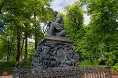 The monument to the fabulist Ivan Krylov. SAINT PETERSBURG, RUSSIA - AUGUST 18, 2017: The monument to the fabulist Ivan Krylov. Summer garden. It was established Stock Photo
