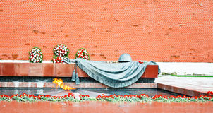 Monument to the unknown soldier, eternal fire Stock Photography