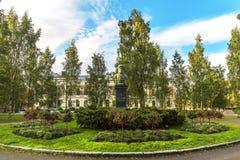 Monument van dichter Frans Michael Franzen in Oulu finland stock fotografie
