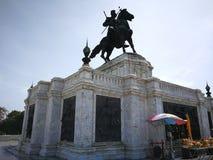 Monument van Koning Naresuan in het oude historische land van Thailand Stock Foto