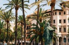 Monument van Ramon Llull, filosoof in Palma de Mallorca op Paseo DE Sagrera Royalty-vrije Stock Foto's