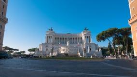 Monument van Victor Emmanuel II in Rome, Italië stock video
