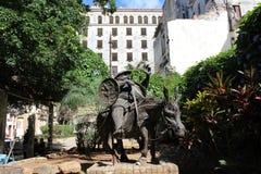 Monument von Don Quixote sein Pferd in altem Havana, Kuba reiten lizenzfreies stockfoto