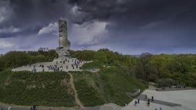 Monument Westerplatte zum Gedenken an polnische Verteidiger von einer Vogelschau stockbild