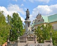 Monument zu Adam Mickiewicz im Quadrat Warschau, Polen Lizenzfreies Stockbild