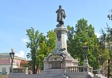 Monument zu Adam Mickiewicz Warschau, Polen Lizenzfreie Stockfotografie