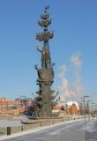 Monument zu Peter der Große auf dem Moskau-Fluss lizenzfreie stockfotografie