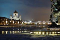 Monument zu Peter der Große in Moskau und in der Christus-Erlöser-Kathedrale Stockbilder