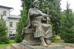 Monument zu Prinzen Yuri Dolgoruky der Gründer von Kostroma Prinz Yuri Dolgoruky - Gründer von Moskau Goldring von Russland lizenzfreies stockbild