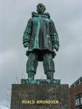 Monument zu Roald Amundsen lizenzfreie stockbilder