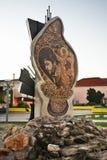 Monument zu Todor Tose Proeski in Prilep macedonia stockbilder