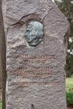 Monument zum Aufständischen Adam Mickiewicz aufgestellt in der bulgarischen Stadt Burgas im Seegarten lizenzfreie stockfotografie