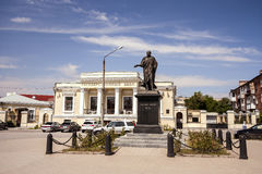 Monument zum Kaiser Alexander das erste bei Alexander Square in der Stadt von Taganrog, Rostow-Region, Russland, am 4. August 201 Lizenzfreie Stockfotos