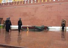 Monument zum unbekannten Soldaten in Moskau Stockfotos