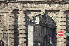 Monumental båge av Porta Romana, Milan Royaltyfri Bild