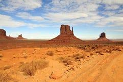 Monumentenvallei (Tsé BiiÊ ¼ Ndzisgaii); Arizona/Utah Stock Afbeelding