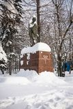Monumentet av den berömda indiska politiska och andliga ledaren Mahatma Gandhi i Moskva, Ryssland Arkivbild