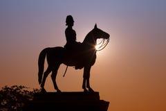 Monumentet av konungen Rama V royaltyfri foto