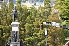 Monumentet till Brigham Young och banbrytarna i Salt Lake City, Utah royaltyfria foton