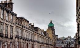 Monumenti storici alla fine il West End di Edimburgo immagine stock