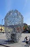 Monumento à arte contemporânea no quadrado em Helsínquia Foto de Stock Royalty Free