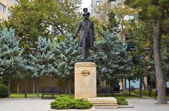 Monumento al poeta ed allo scrittore russi Alexander Pushkin a Bacu fotografia stock