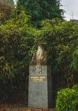 Monumento all'esploratore Auguste Pavie fotografia stock libera da diritti