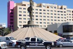 Monumento ao último imperador asteca Cuauhtemoc fotos de stock royalty free