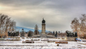 Monumento ao exército soviético no gradina de Knyazheska em Sófia Fotografia de Stock