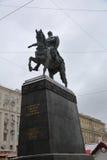 Monumento ao fundador da cidade de Moscou Dolgoruky imagens de stock royalty free