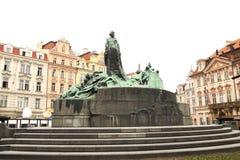 Monumento ao Guss de janeiro em uma área em Praga Imagem de Stock