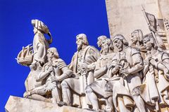 Monumento ao porto de Tagus River Belém Lisboa dos exploradores de Diiscoveries fotografia de stock