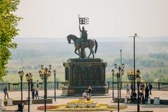 Monumento ao príncipe Vladimir e monge Fyodor em fotografia de stock royalty free