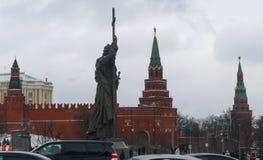 Monumento ao príncipe Vladimir no Kremlin de Moscou Imagem de Stock