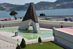 Monumento aos Combatentes gör Ultramar på Belem i Lissabon, Portugal royaltyfri fotografi