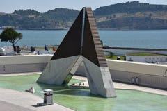 Monumento aos Combatentes gör Ultramar på Belem i Lissabon, Portugal fotografering för bildbyråer