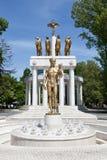 Monumento aos heróis caídos de Macedônia, Skopje imagens de stock