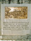 Monumento aos 32 imortais de Gonzales, LA que morreu no Alamo imagens de stock royalty free