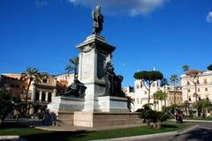 Monumento a Cavour sul quadrato del suo nome a Roma, Italia Immagine Stock Libera da Diritti
