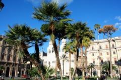 Monumento a Cavour sul quadrato del suo nome a Roma, Italia Immagini Stock Libere da Diritti