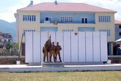 Monumento comunista en Elbasan fotos de archivo
