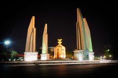 Monumento da democracia, Banguecoque, Tailândia Imagens de Stock Royalty Free