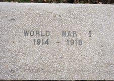 Monumento da guerra da opinião do close up dedicado aos mortos de todas as guerras nos veteranos jardim memorável, Dallas, Texas imagem de stock royalty free