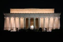 Monumento de Abraham Lincoln na noite imagem de stock