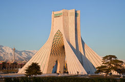 Monumento de Azadi e torre de Milad Foto de Stock Royalty Free